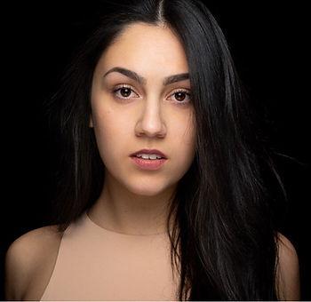 Laura (6).jpeg