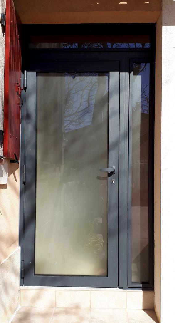 Porte aluminium un vantail