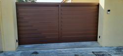 portail aluminium sur mesure C13