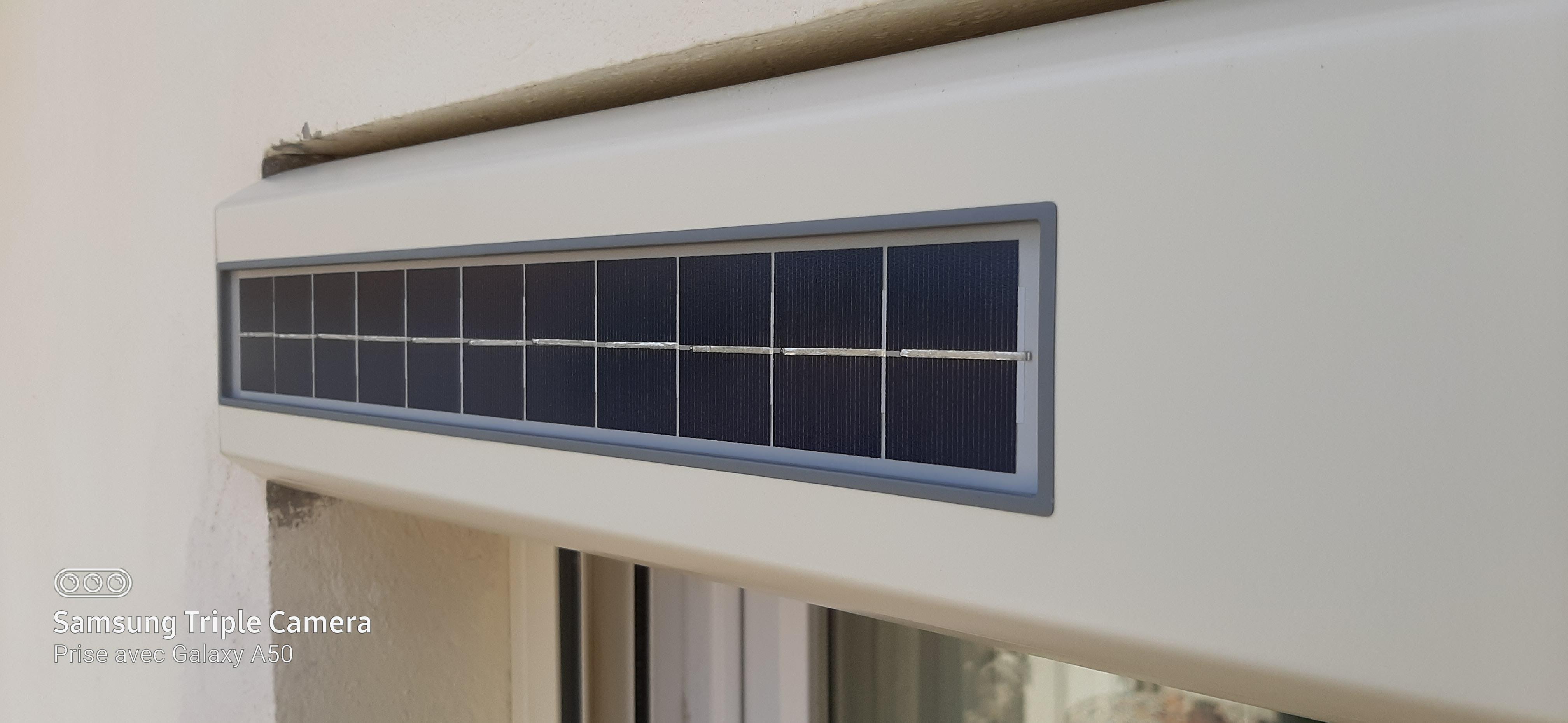 c13 panneau solaire volet roulant