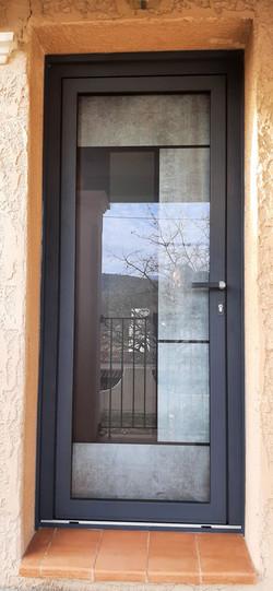 Porte en aluminium et verre