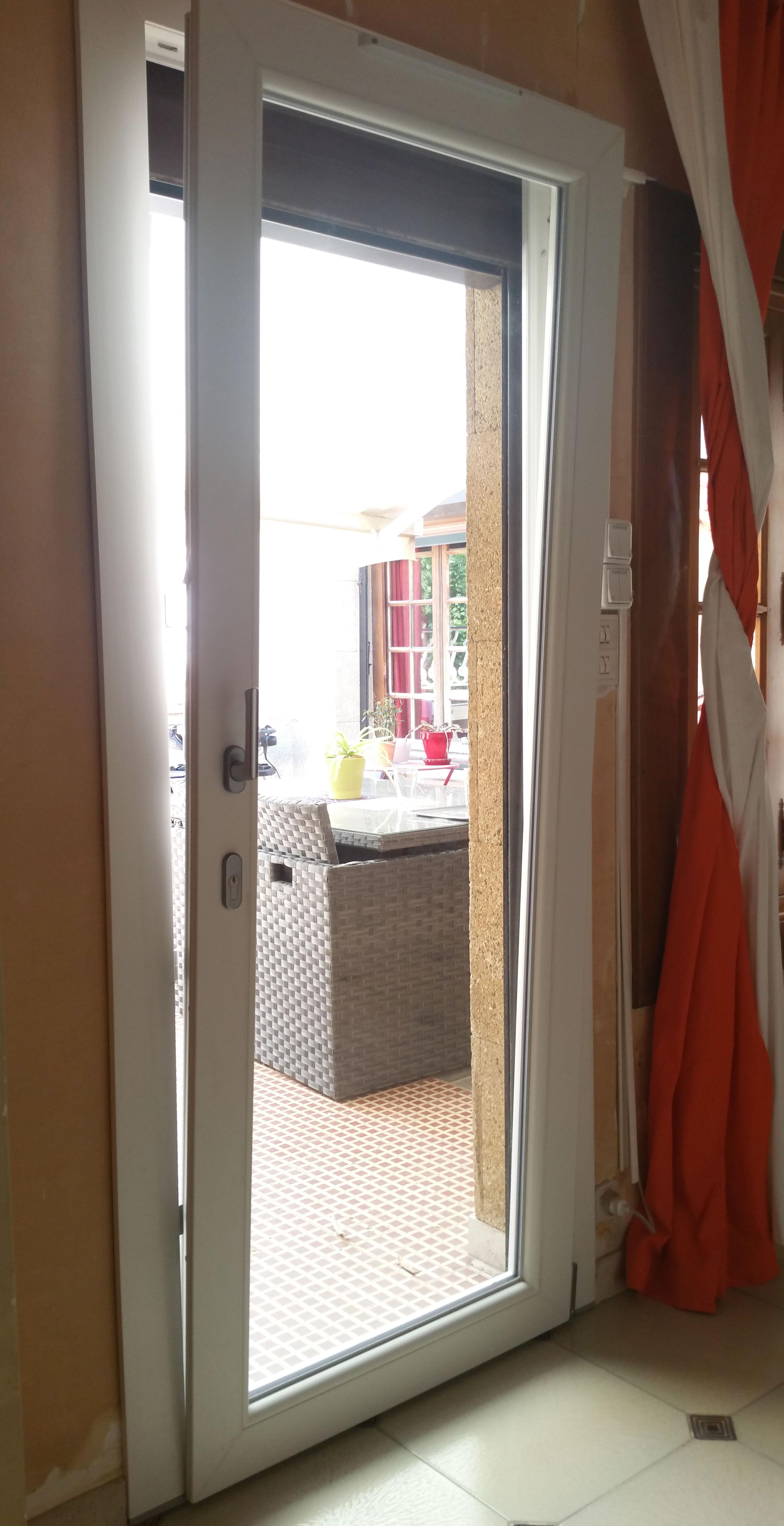 Porte_fenêtre_PVC_oscillot_battante