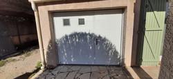 porte de garage isolée
