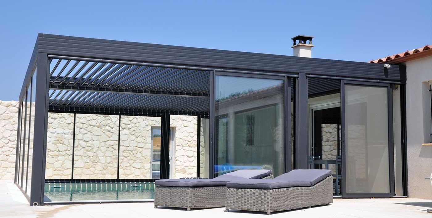c13  la veranda et la pergola sont harmonisées