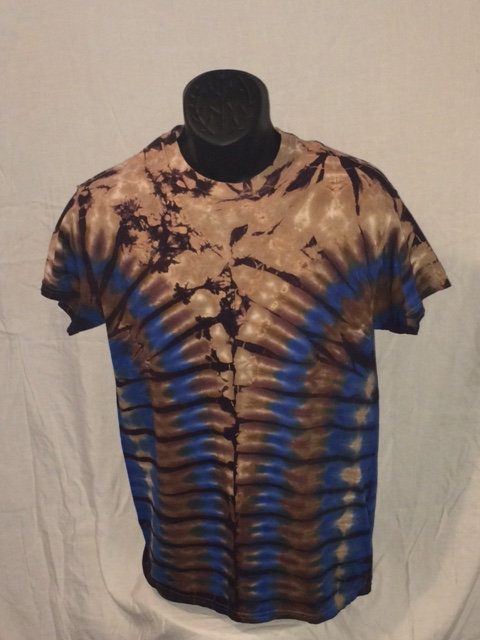 Tan Short Sleeve Tie Dye T-Shirt with Brown and Blue Ripple Pattern