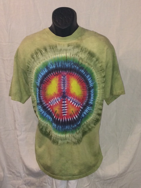Green Short Sleeve Tie Dye T-Shirt with Rainbow Peace Sign