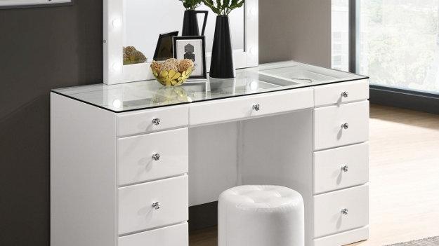 Avery Vanity Table w/Mirror