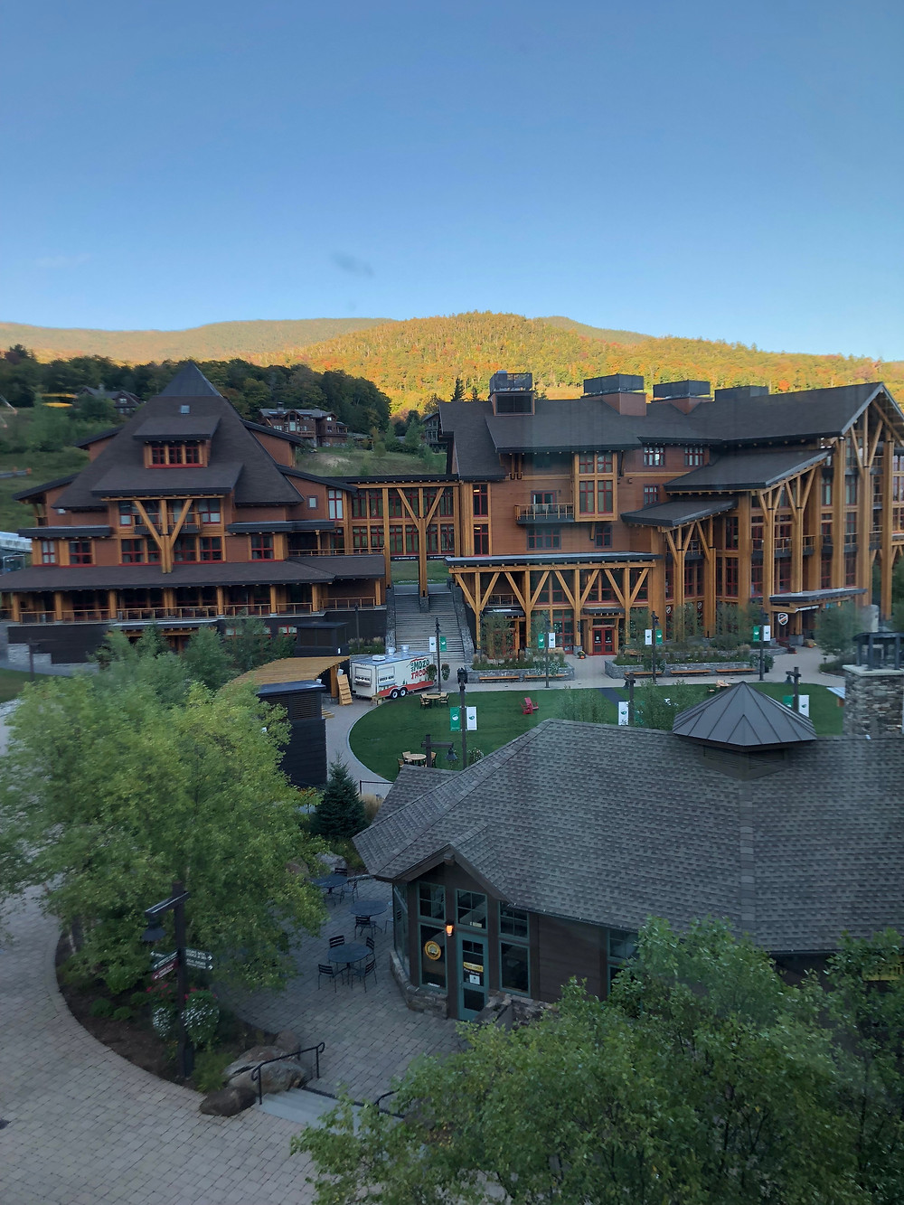 Beautiful Vermont-Alpine Stowe Mountain Lodge