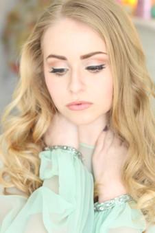 Makeup:  Courtney McCormick Hair:  Kimi Collins Photography: Nicole Palermo Model:  Olivia Palermo