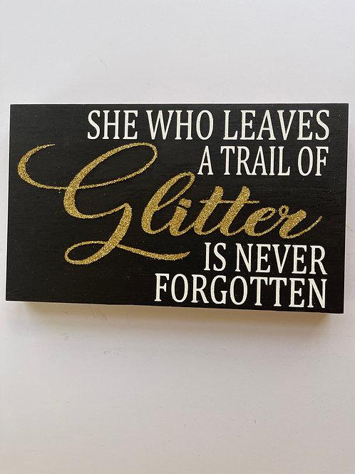 Trail Of Glitter - Black