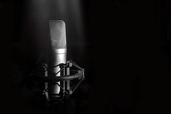 Studio-microphone-787996.jpg