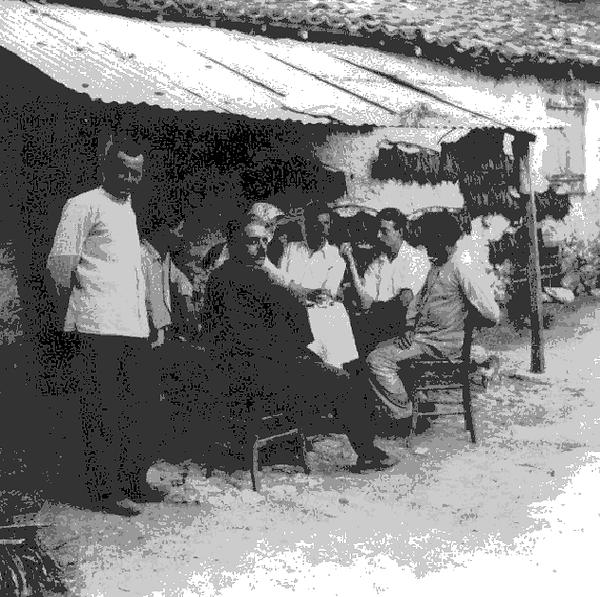 Arvanitas-ne-kafene.png