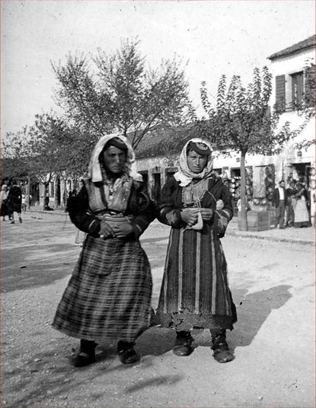 2-Albanian-Women-1.jpg