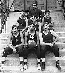 Swastika_Native_American_basketball_team