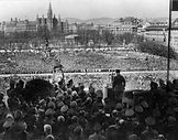 Hitler-Mitting-Vienna-1938.jpg