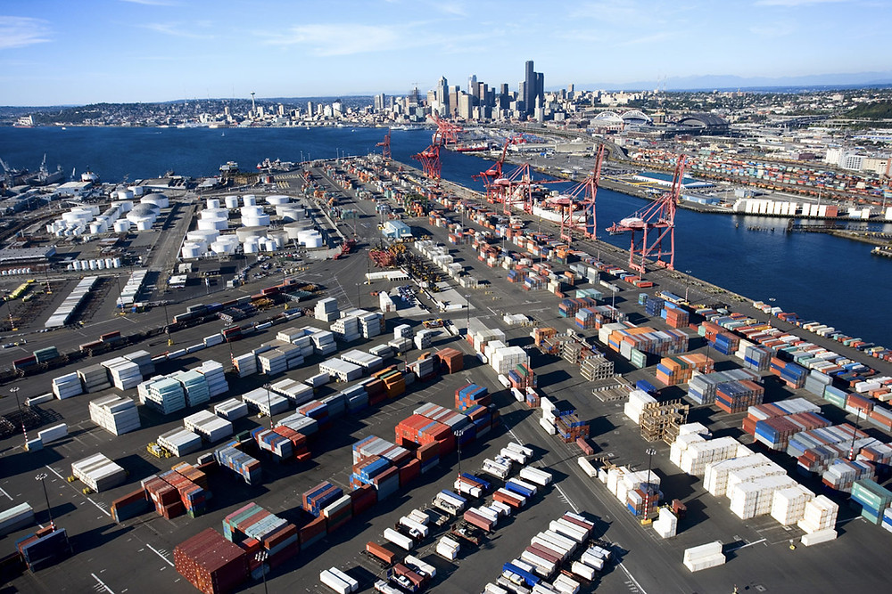 A decline in imports from China to the U.S. means less available equipment for U.S. exporters to ship products, New York Sea Port. Photo by: Wix Media