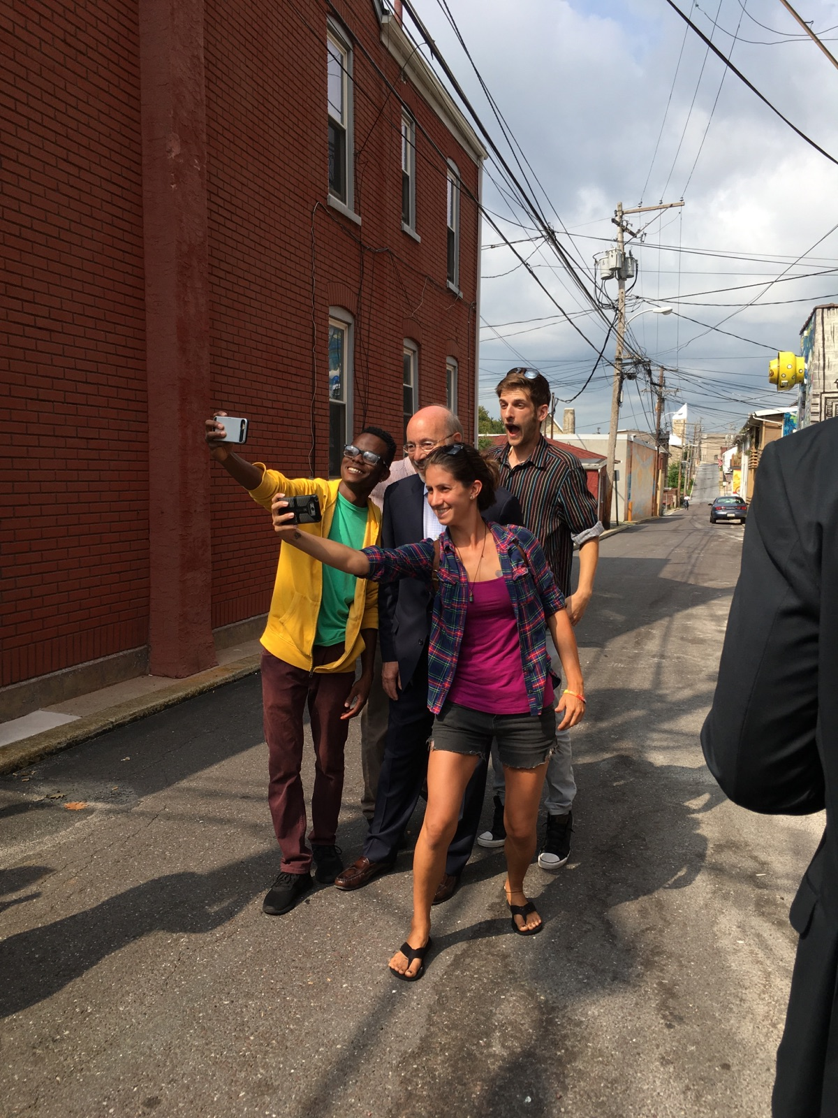 Governor Wolf visits murals