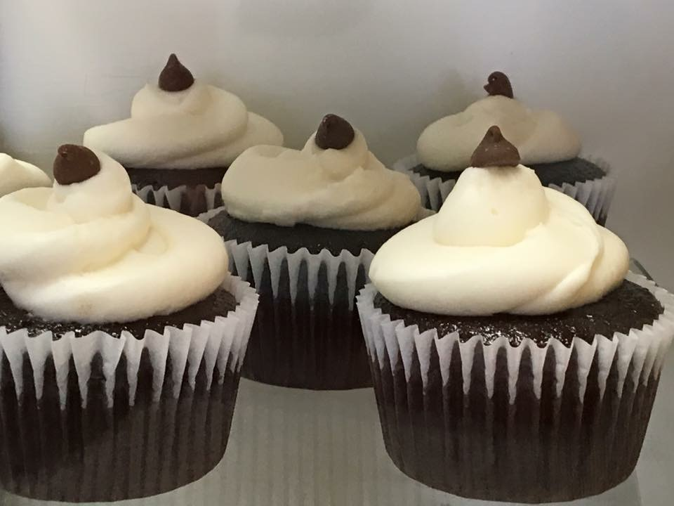 Chocolate Cupcakes With A Kiss