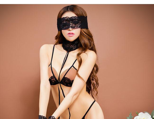blind fold model four.jpg