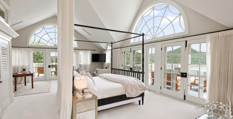 Siren's Lure Master Bedroom