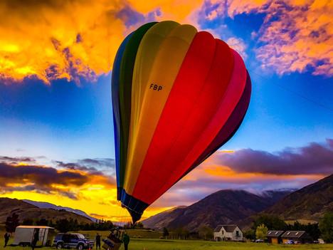 Local Tour HOT air balloon                                            The Flight - Sunrise Balloon A