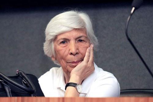 """Profª Yvonne Mascarenhas é destaque no primeiro episódio da série de divulgação científica do LACRI """"A descoberta do que já foi descoberto"""""""