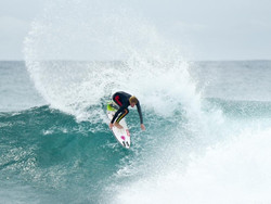 FOURTEEN SURFERS PROGRESS INTO ROUND 4 WITH AN INTRIGUING MIXTURE OF EXPERIENCE  AND YOUTH