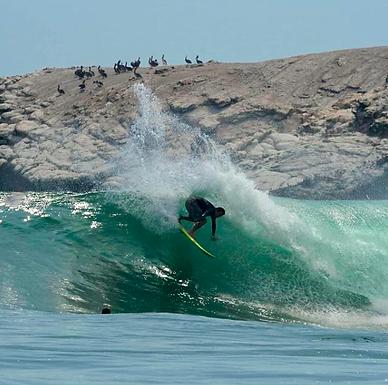 VEA CÓMO FUE EL ESPECTÁCULO DE SURF EL ROUND 3 MENS Y EL ROUND 1 WOMENS EN WONG E-PRO PERU