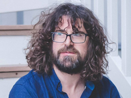 Clipdad.com's Review of Lou Barlow's Royalty Free Music Playlist.