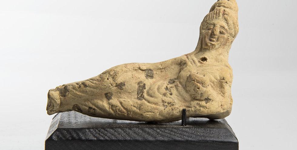Hellenistic Greek-Babylonian pottery Banqueteer