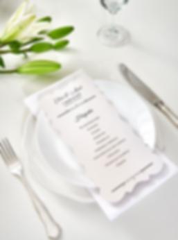 Koristereunainen_menu-_ohjelmakortti.png