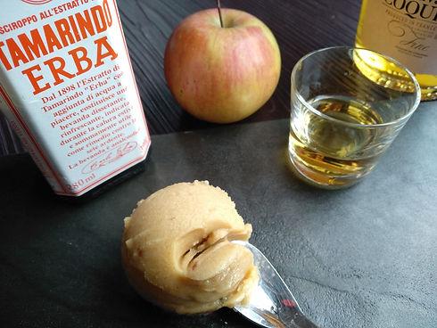 sorbetto alla mela Calvados e tamarindo