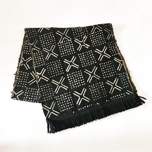 Mudcloth Tablerunner | Black & White | Cushions & Stars