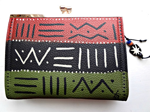 Assata 3-way Clasp Clutch Crossbody
