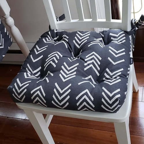 Set of 4 | Black & Ivory Sickle Print Tufted Seat Cushions