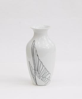Vase, Kolibri-Flügel