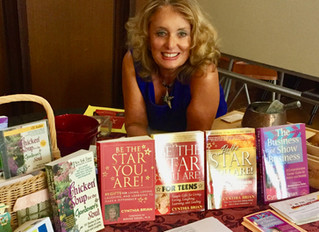 HomeTown Reads Founder Interviews Cynthia Brian about Books