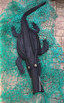 Tyre Alligator Sculpture.jpg