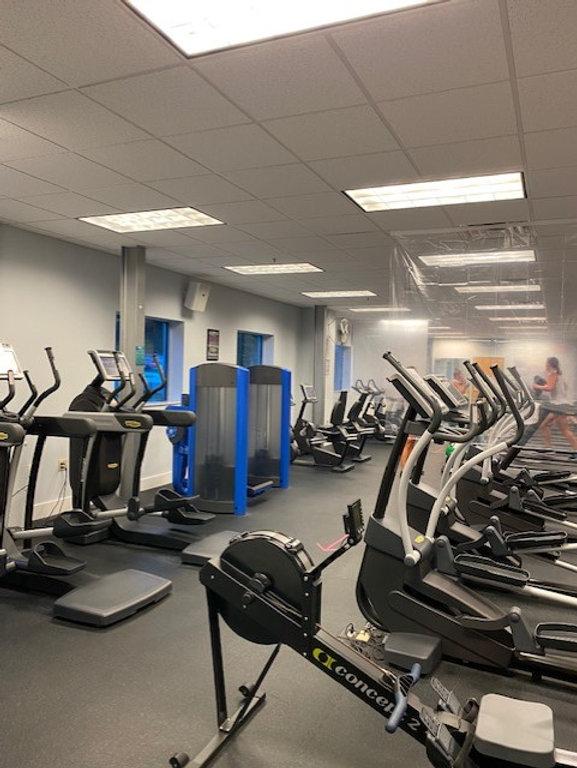 cardio room.jpg