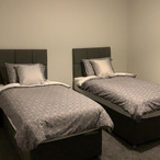 Surtees Street - twin bedroom.JPG