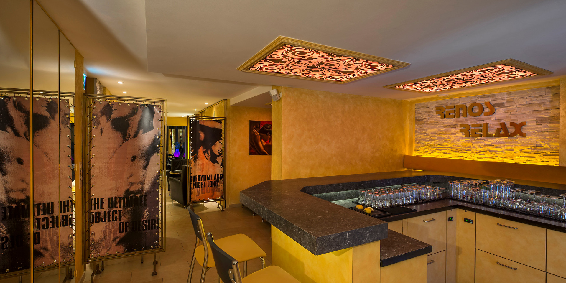 gay-sauna-renos-relax-club-bar