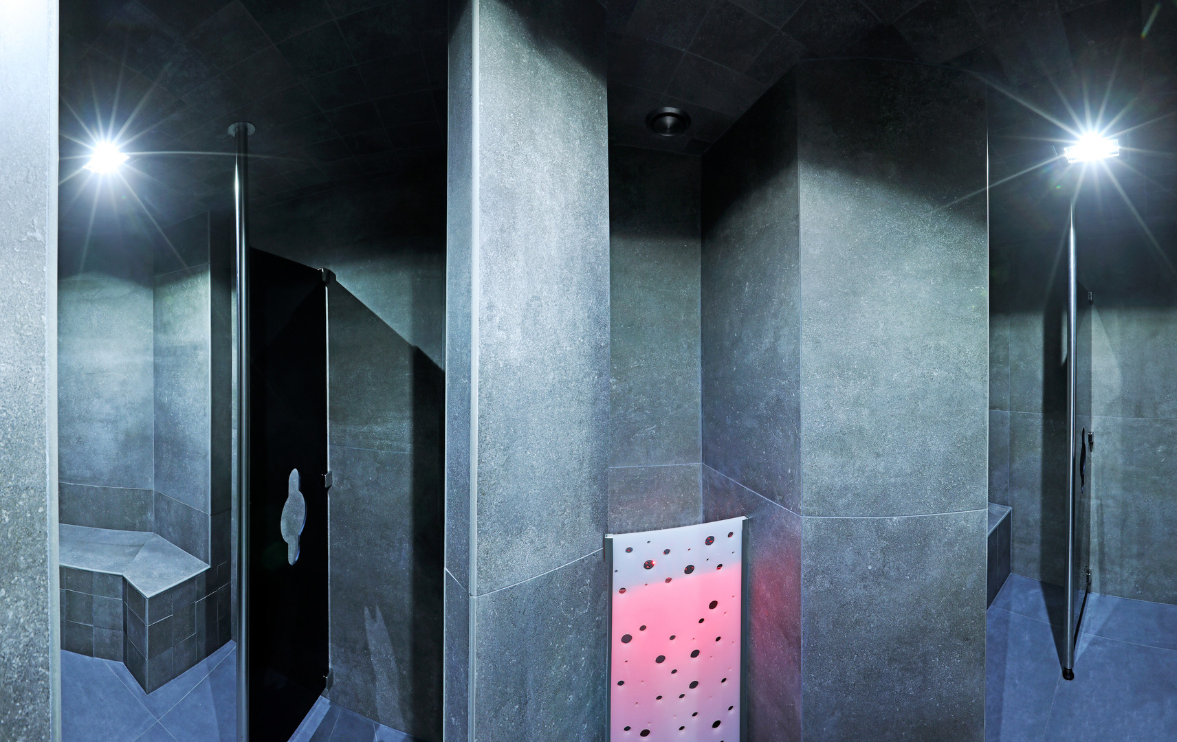 gay-sauna-renos-relax-club-dampf-ohne-nebel