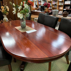 Oval Table and Chairs $450