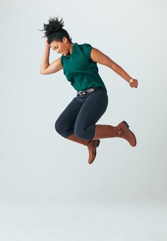 JUMPING FULLY1349 1.jpg