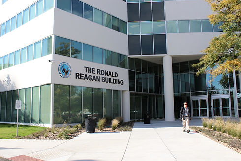ronald reagan bldg3.JPG