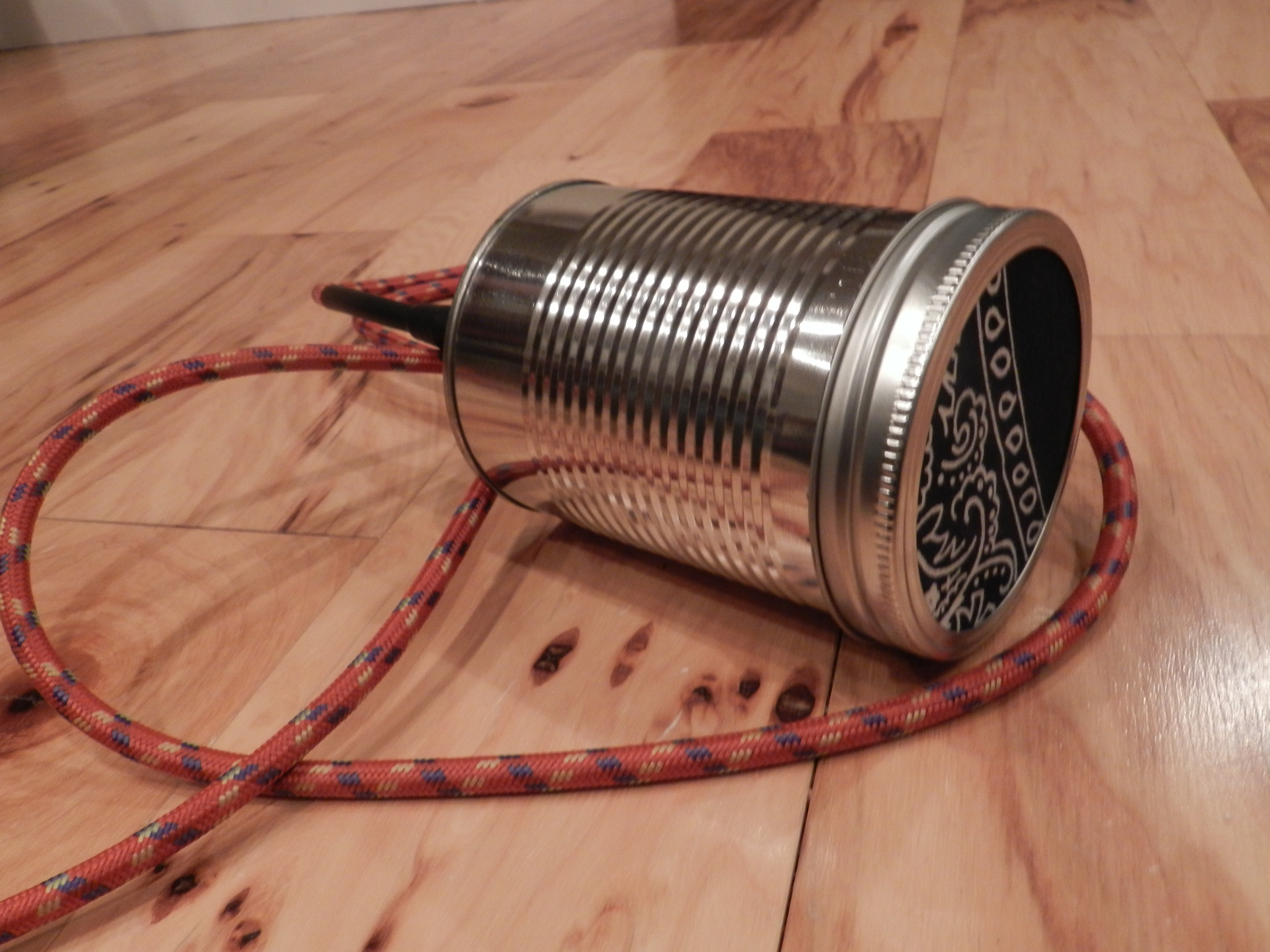 soup can microphone
