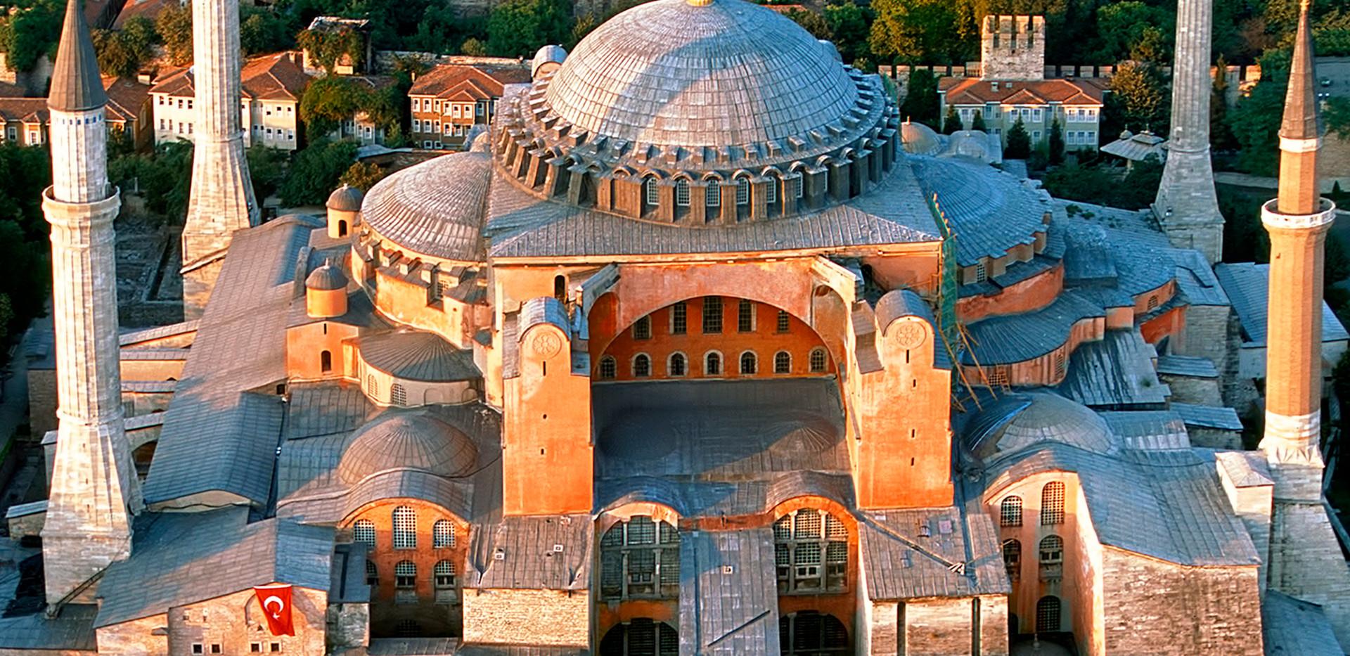 HAGIA SOPHIA MUSEUM / ISTANBUL