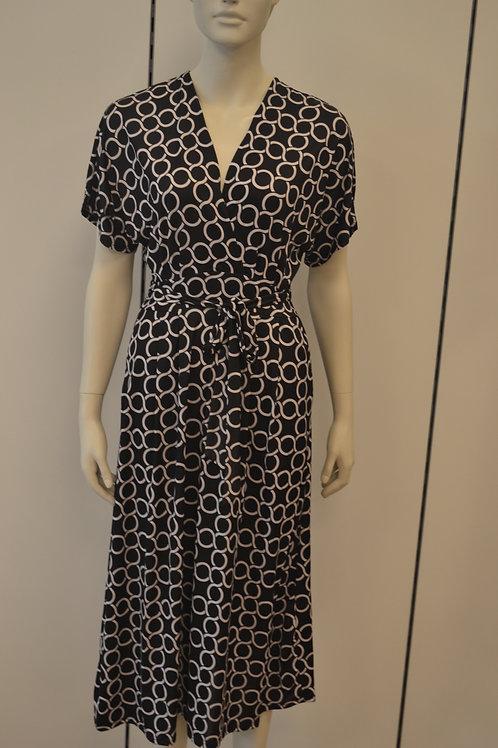 Marivie Kleid schwarz weiß