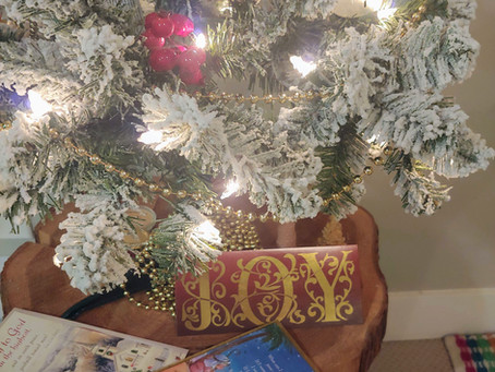 Weekly Wellness Challenge #5: Surprise Christmas Cards!