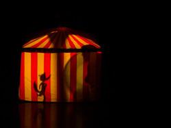 circo de sombras magica.JPG